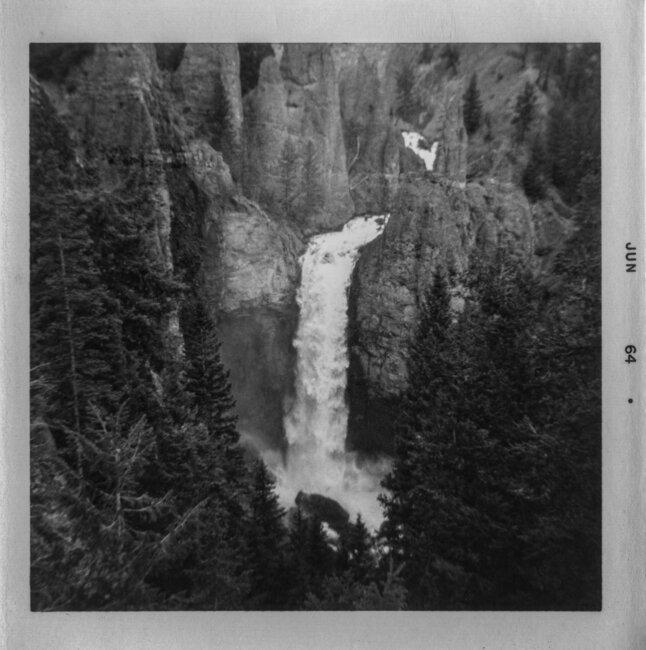 Click image for larger version  Name:Kodak Fiesta - 1964 Yellowstone 2.jpg Views:2 Size:1.05 MB ID:47150