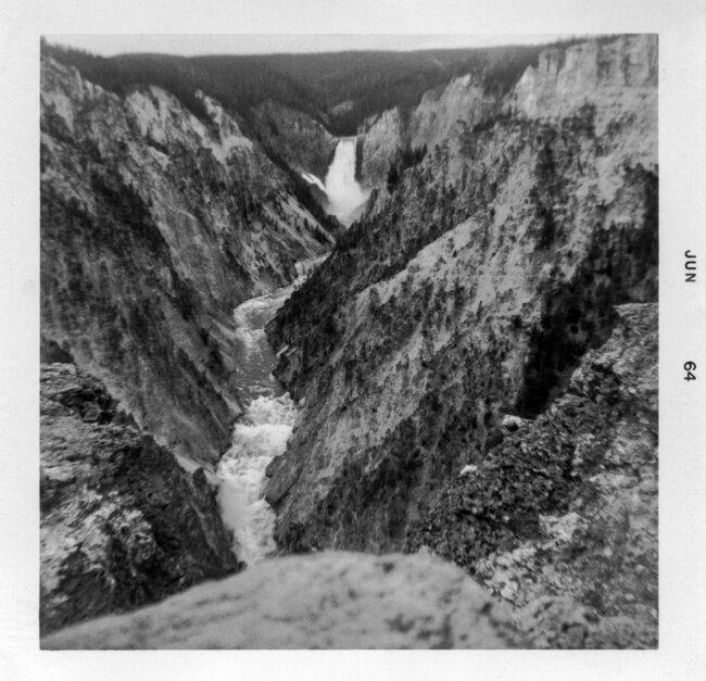 Click image for larger version  Name:Kodak Fiesta - 1964 Yellowstone.jpg Views:2 Size:1.23 MB ID:47151