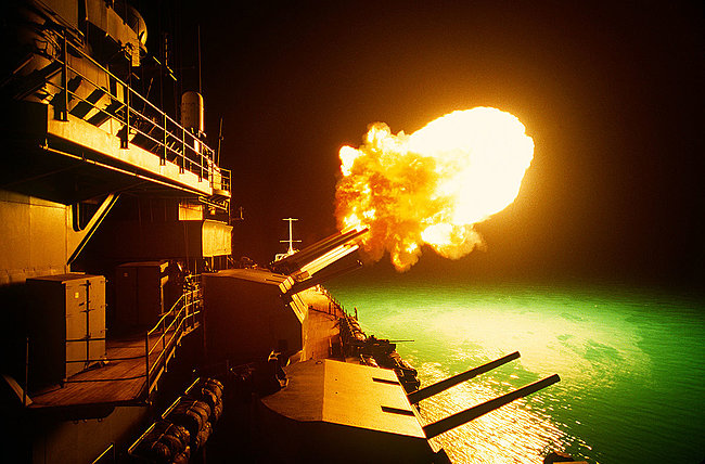 Click image for larger version  Name:5 inch guns.jpg Views:3 Size:216.2 KB ID:39637